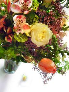 kolorowy bukiet kwiatow